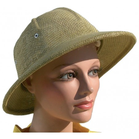 Beekeeper cap that has to be used with masks that do not have the hat