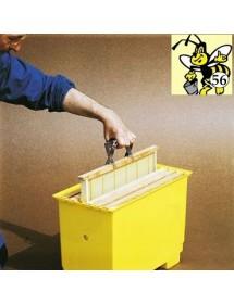 Frame grip for beekeeping in stainless steel